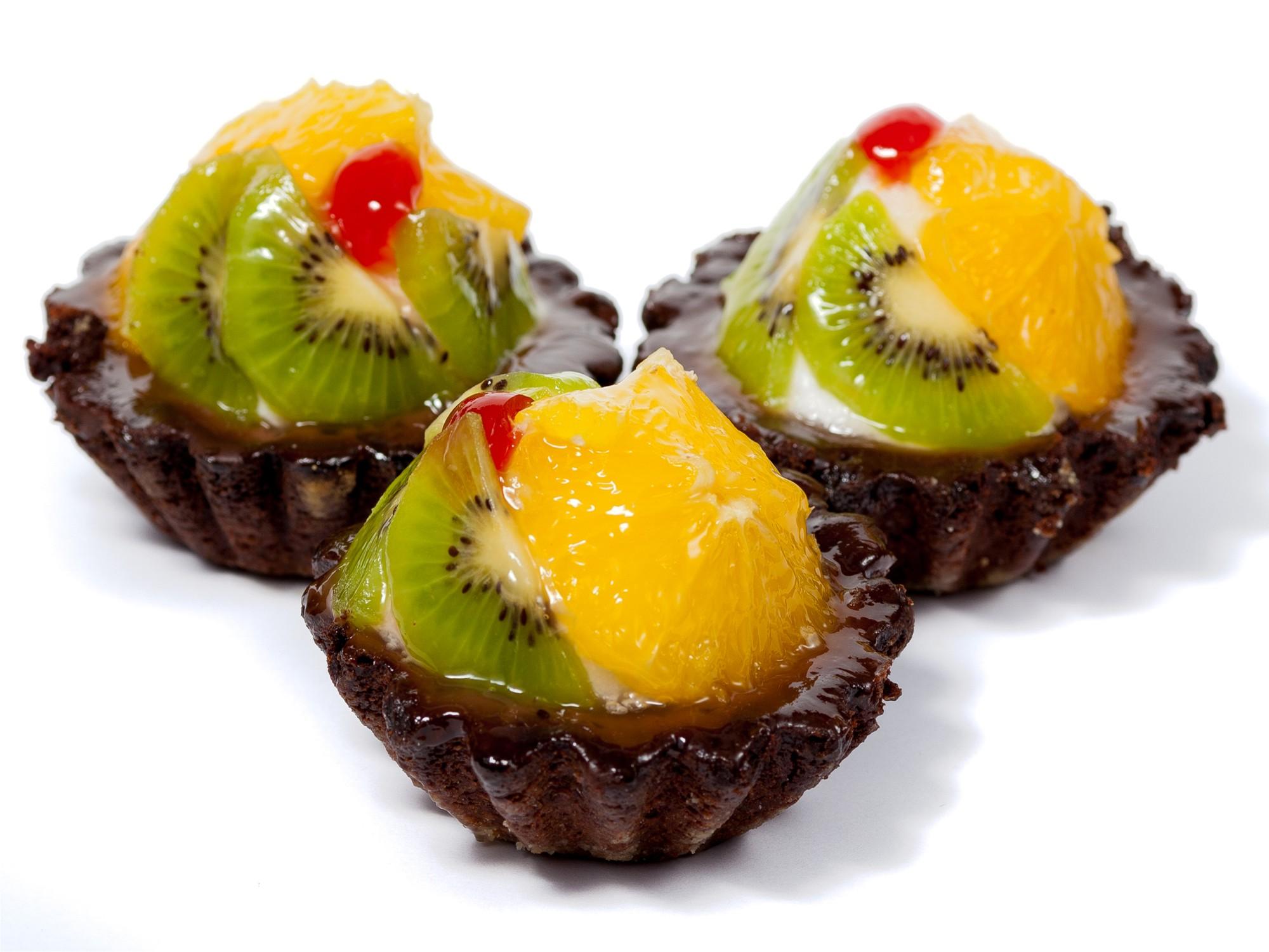 картинки пирожных с фруктами нему стремятся